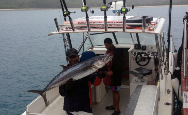 Catching Spanish Mackeral Whitsundays